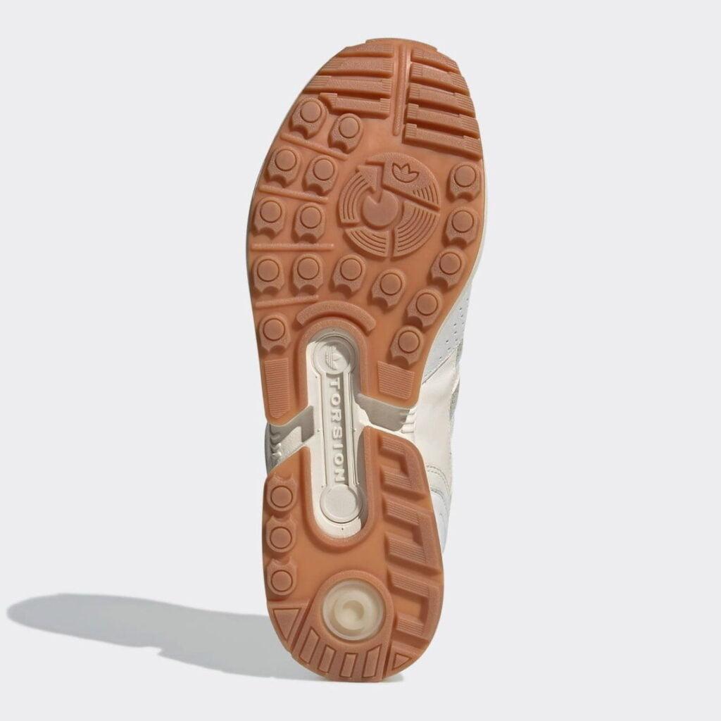 "Highsnobiety adidas ZX 8000 Qualitat GY0121 5 Highsnobiety x adidas: ZX 8000 ""Qualität"""