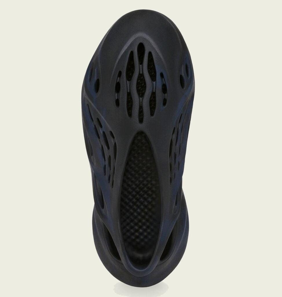 """ADIDAS YEEZY FOAM RUNNER MINERAL BLUE GV7903 4 Az algaklumpa visszatér: adidas YEEZY Foam Runner """"Mineral Blue"""""""