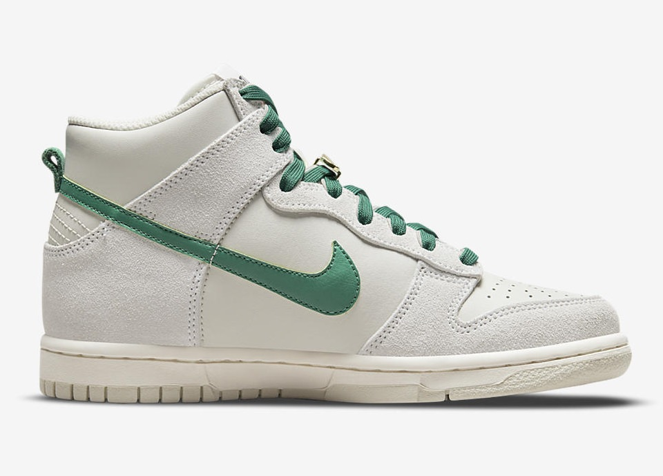 """NIKE DUNK HIGH First use June 18.1971 DD0733 001 6 Nike Dunk High """"First Use"""""""