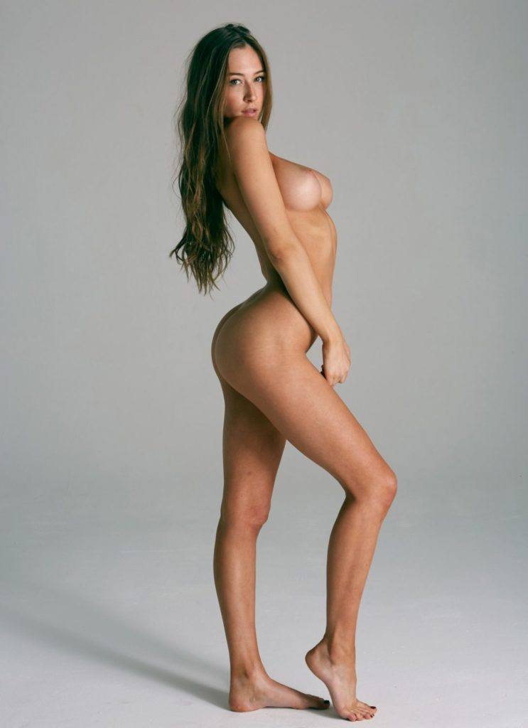 Elsie Hewitt by Steve Shaw for Treats Magazine 5 scaled 3 Monday Muse
