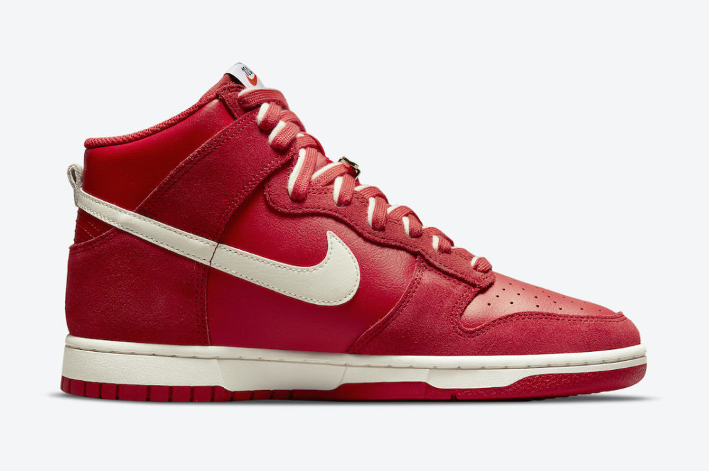 """Nike Dunk High First Use University Red DH0960 600 3 Nike Dunk High """"First Use"""""""