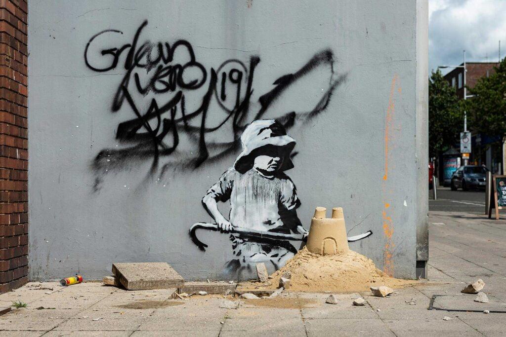 09 spraycation sandcastle closeup Banksy: A Great British Spraycation