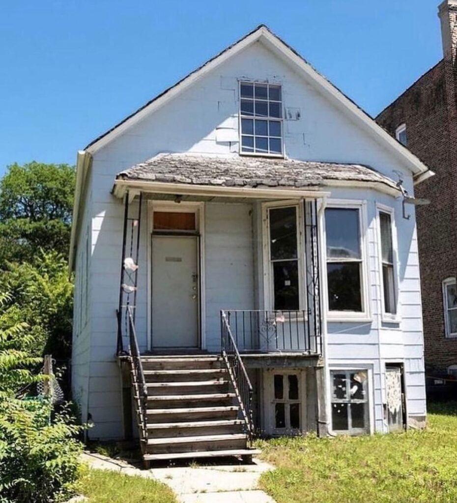 kanye house 4 Kanye éppen újraépítteti gyerekkori házának mását harmadik Donda bulira